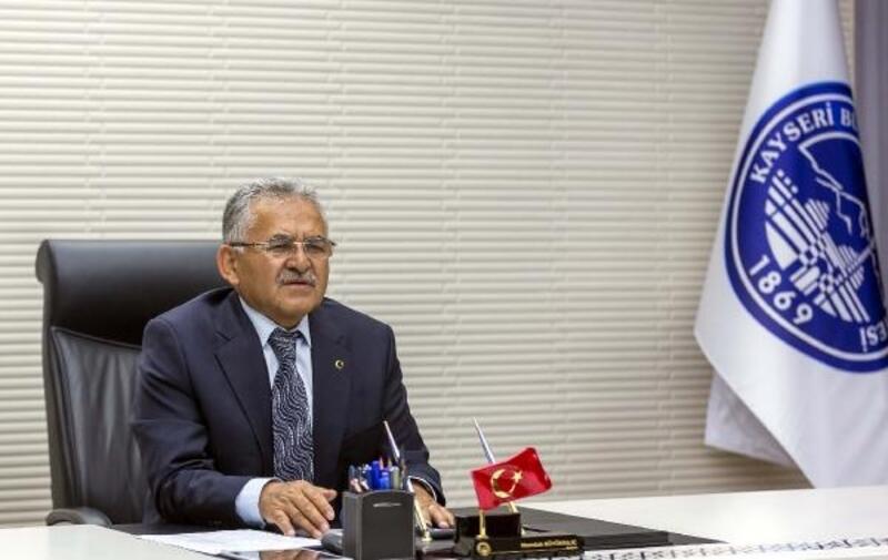 Başkan Büyükkılıç'tan hazine arazisi açıklaması