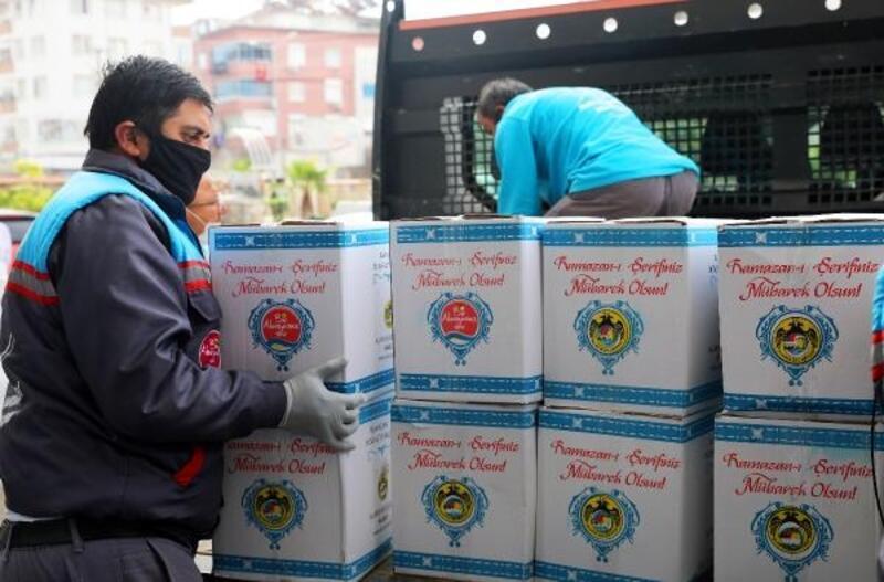 Ramazan bereket paketleri yola çıktı
