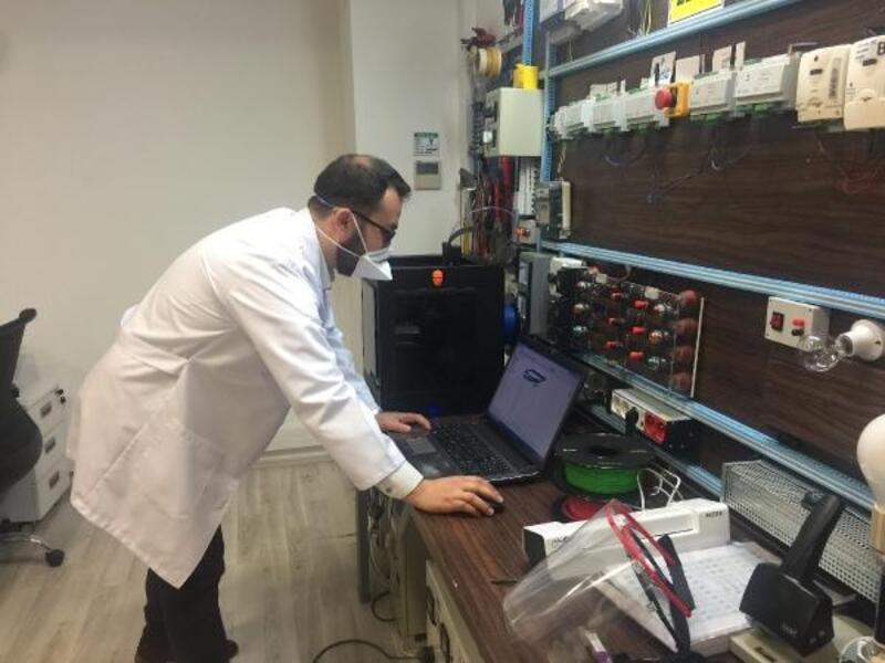 UEDAŞ Ar-Ge ekibi siperlik maske üretimine başladı