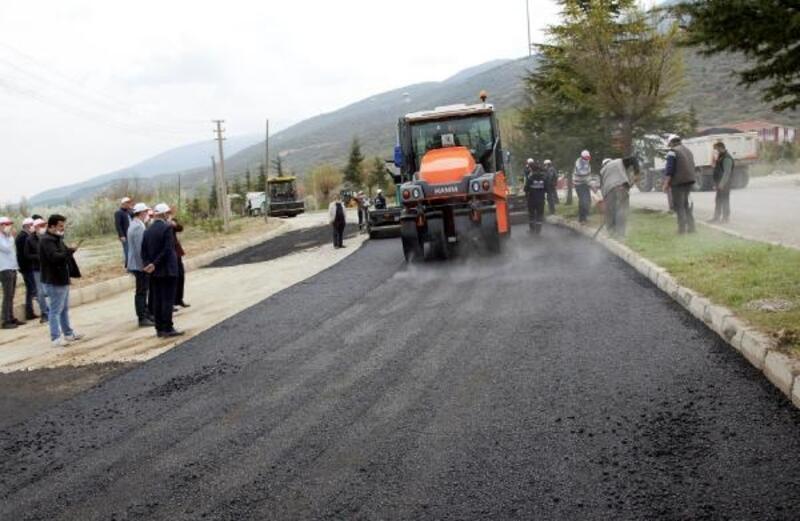 Çay'da asfalt çalışmaları