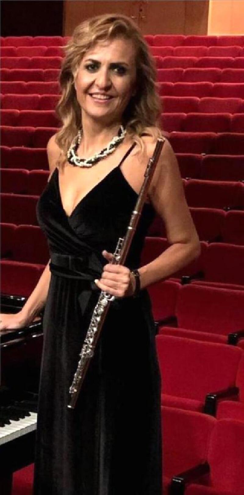 'Korona'ya karşı flüt konseri
