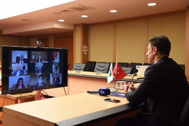 Çocuklara başkanlık devir teslimi video konferans yöntemiyle yapıldı