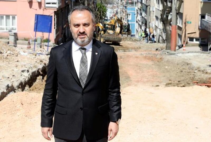 Bursa Büyükşehir Belediyesi'nden asfalt mesaisi