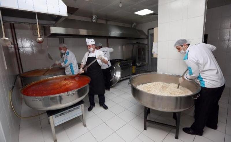 Yenimahalle'de ihtiyaç sahiplerinin iftar yemekleri evlerine teslim edilecek