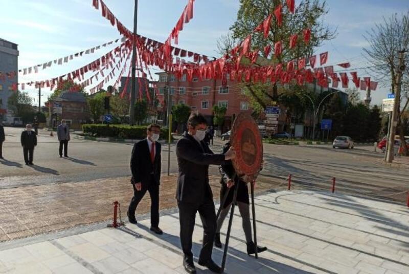 Yenişehir'de sosyal mesafeli 23 Nisan töreni