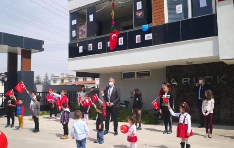 Bucak'ta miniklerin 23 Nisan coşkusu
