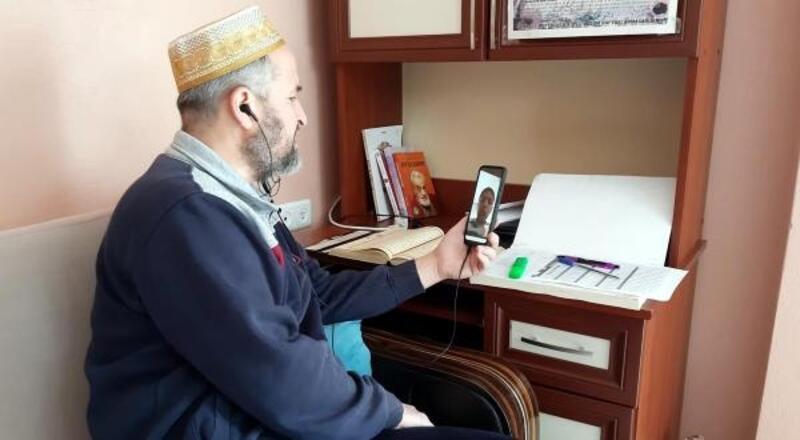 Osmaniye'de 5 öğrenci, hafızlık eğitimini uzaktan tamamladı