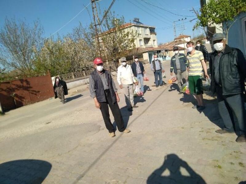 Karantinadaki köyde yaşayanların ihtiyaçları valilikçe karşılanıyor