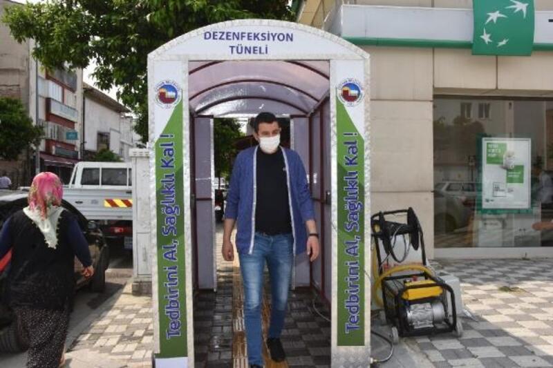 Ceyhan'da dezenfektan tünellerinin sayısı artıyor