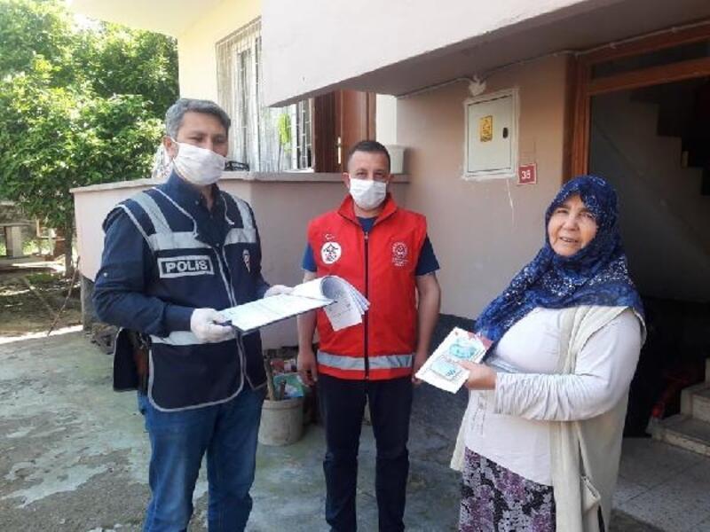 Osmaniye'de, emekli maaşları evlerde veriliyor