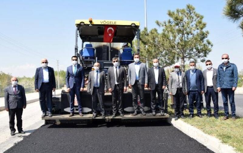 İGM Başkanı Çoban asfalt çalışmalarını inceledi