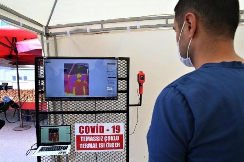 Tokat'ta pazar yerlerinde koronavirüs tedbirleri kontrolü