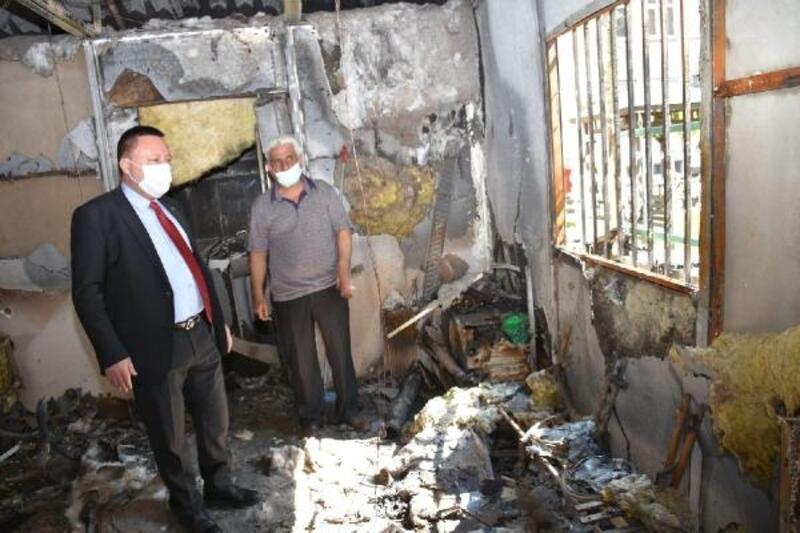 Beyoğlu'ndan yangında hasar gören muhtarlığa ziyaret