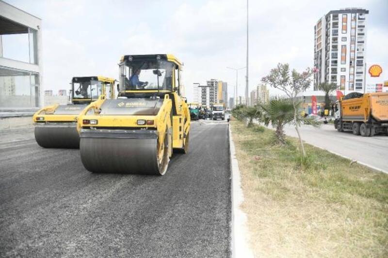 Yeni stat çevresine bisiklet yolu ve asfalt