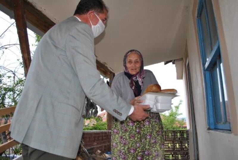 Sarıcakaya'da evlere sıcak yemek servisi