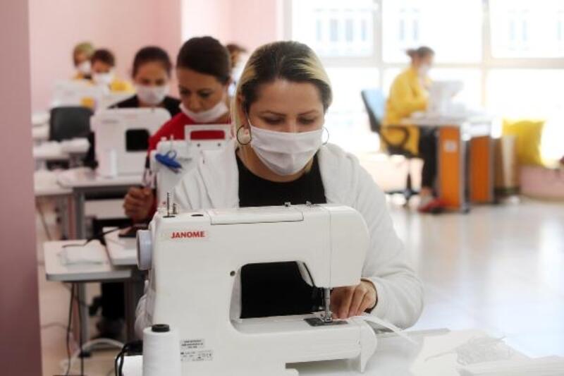 Günde 5 bin maske üretiyorlar