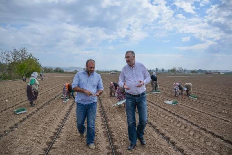 Karacabey Belediye Başkanı Özkan'dan pancar üreticilerine sevindirici haber