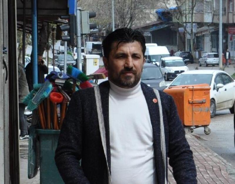 CHP'li meclis üyesi partisinden istifa etti