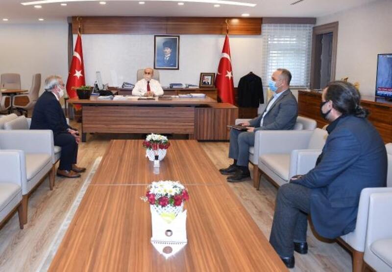 Vali Demirtaş berber ve kuaför odalarının başkanları ile görüştü