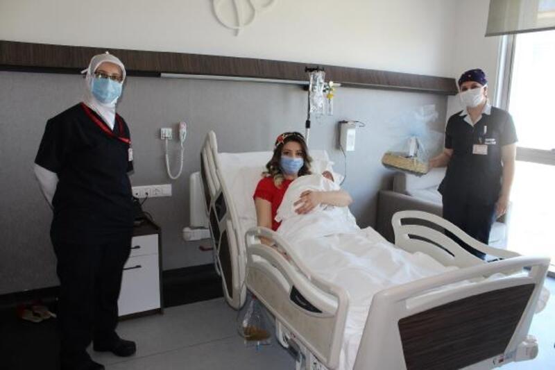 Anneler Günü'nde, Özel Hayat Hastanesi'nde 7 doğum gerçekleşti
