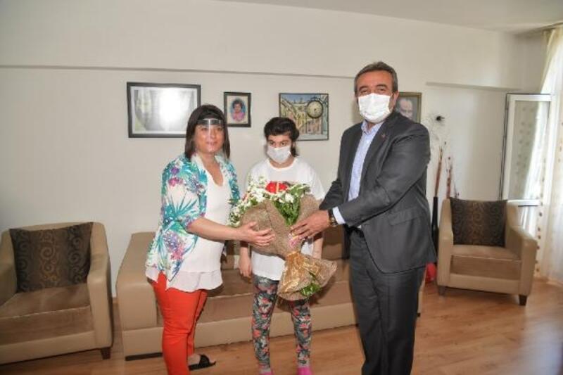 Başkan Çetin 'Yılın Annesini' kutladı