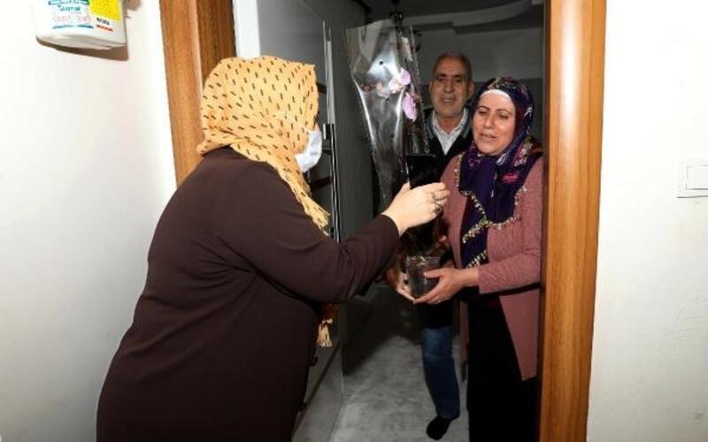 Diyarbakır'da 10 bin kadına Anneler Günü kutlaması