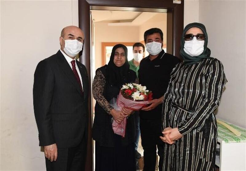 Vali Demirtaş, şehit annelerinin 'Anneler Günü'nü kutladı
