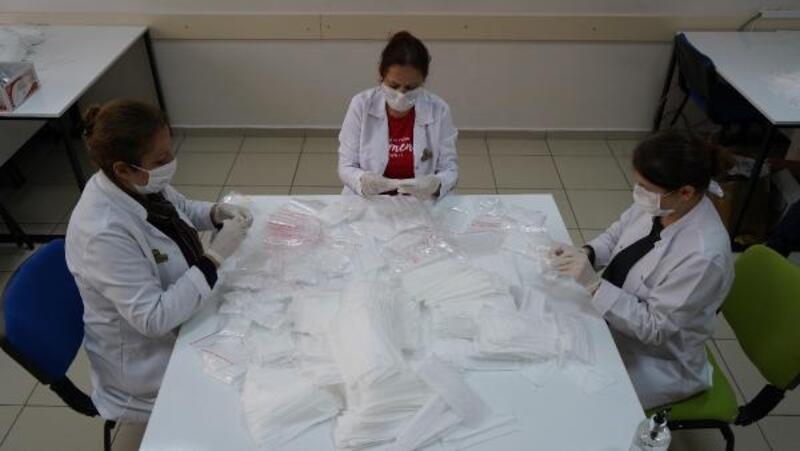 Büyükşehir Belediyesi'nin ürettiği maske sayısı 400 bini aştı