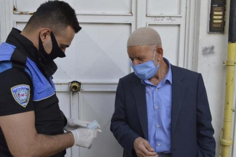 Adıyaman'da yaşlı adam emekli maaşını bağışladı