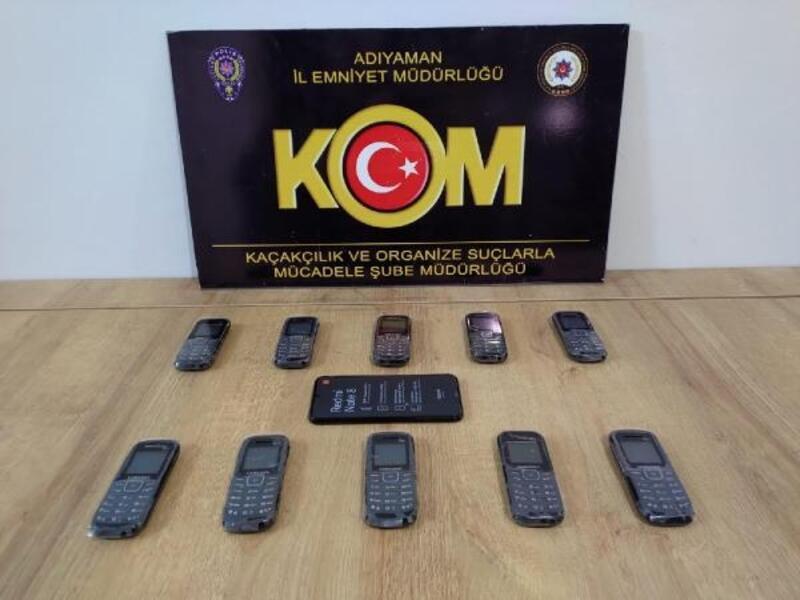 Adıyaman'da kaçak cep telefonuna 1 gözaltı