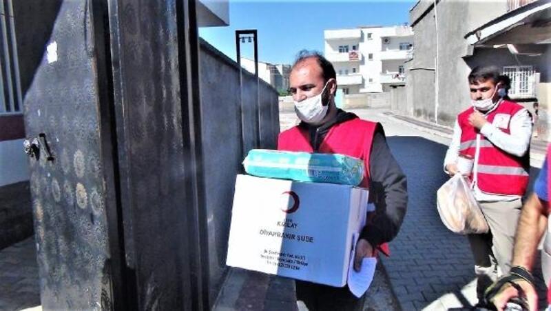 Kızılay'dan Çınar'da 250 aileye yardım
