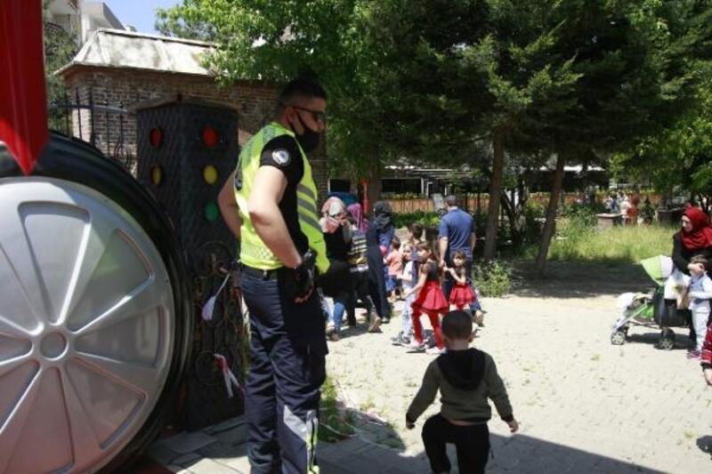 Orhangazi'de parklara giriş çıkışlar kapatıldı