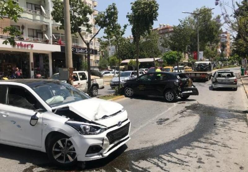 Alanya'da zincirleme kaza