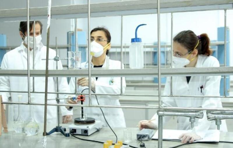 Trakya Üniversitesi'nde dezenfektan üretimi 8 tona çıktı
