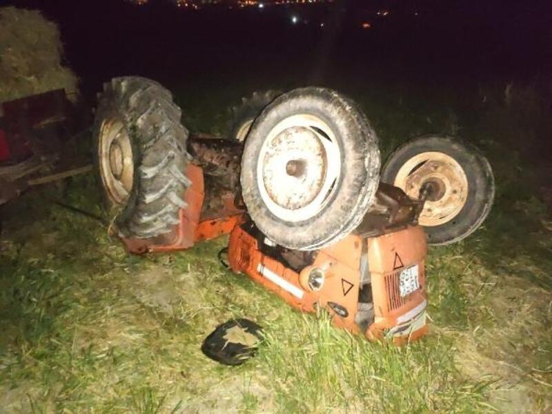 Takla atan traktördeki 2 kişi yaralandı
