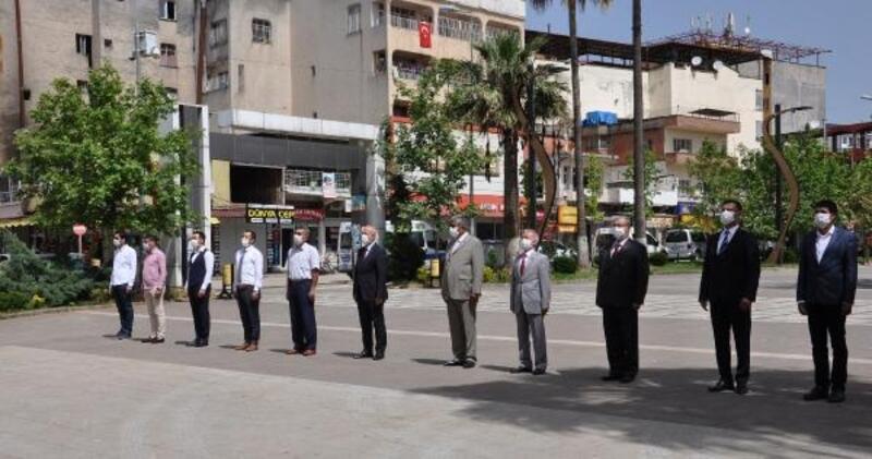 İslahiye'de, sosyal mesafeli 19 Mayıs töreni