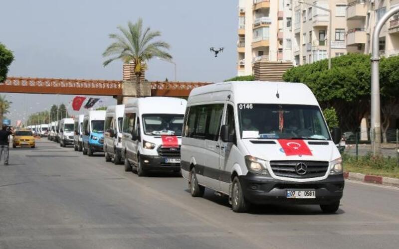 Türk bayraklı yardım konvoyu