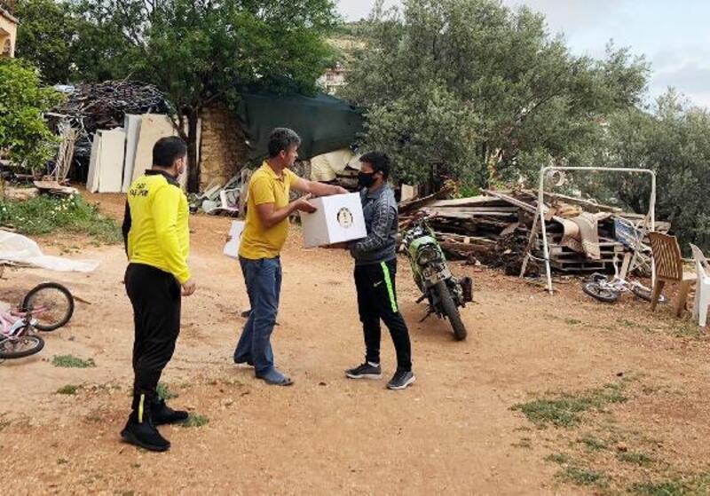 Kaşspor'dan ihtiyaç sahiplerine yardım