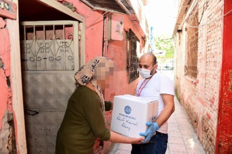 Seyhan Belediyesi, yardım dağıtımlarını sürdürüyor