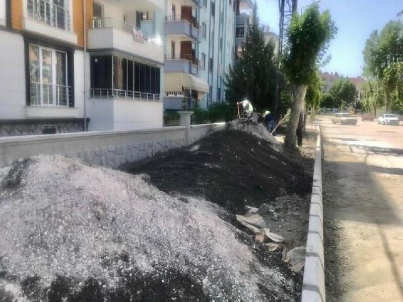 Turhal'da imara açılan alanlarda parke çalışması