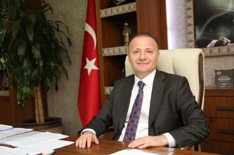 Rektör Ünal'dan Ramazan Bayramı mesajı