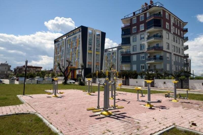 Altınova'nın çehresi parklarla güzelleşiyor