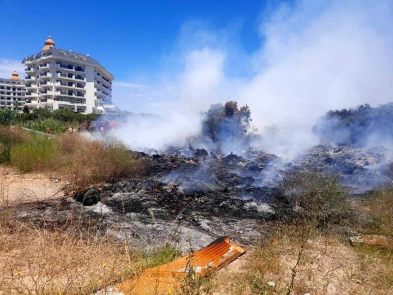 5 yıldızlı otellerin yanında çöplük yangını
