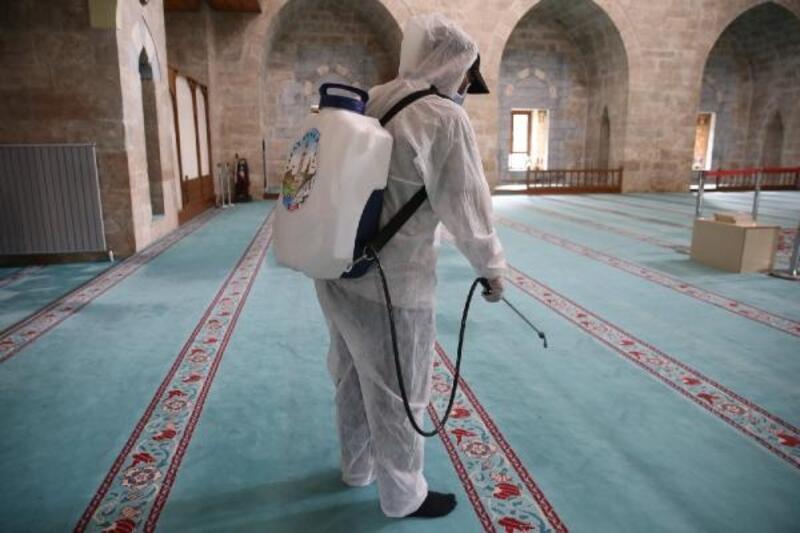 Tokat'ta 47 camide cuma namazı kılınacak