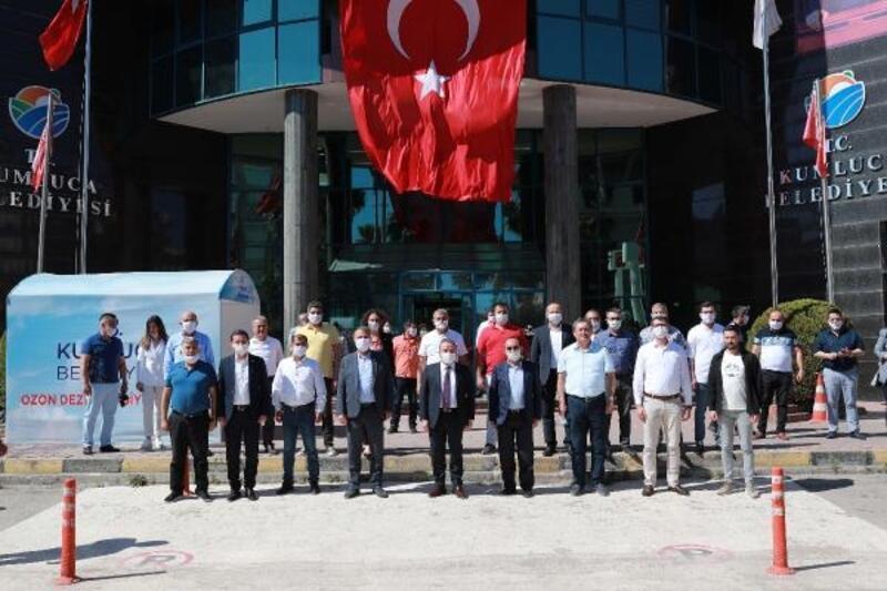Başkan Böcek Kumluca Belediyesi'ni ziyaret etti