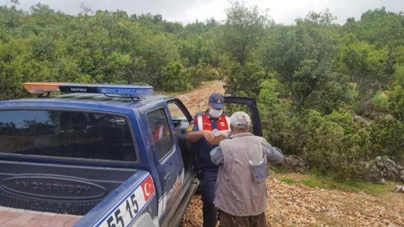 Jandarma, Tahsin amcanın maaşını ormanda teslim etti