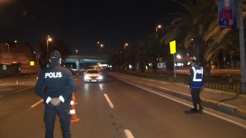 Zeytinburnu ve Fatih'te sokağa çıkma kısıtlaması denetimleri
