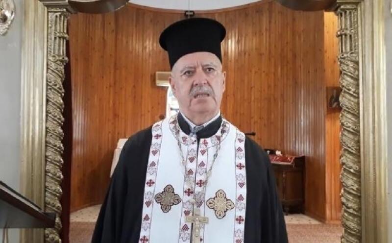 Kiliselerde de cemaatle ibadete başlandı