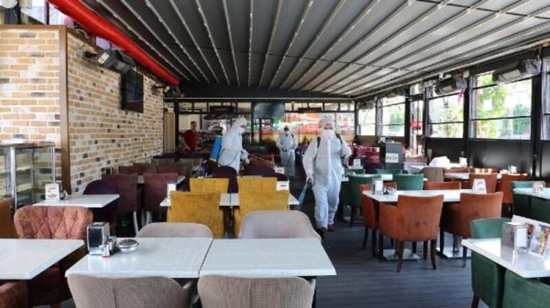 Restoran, kıraathane ve dernek lokalleri dezenfekte ediliyor
