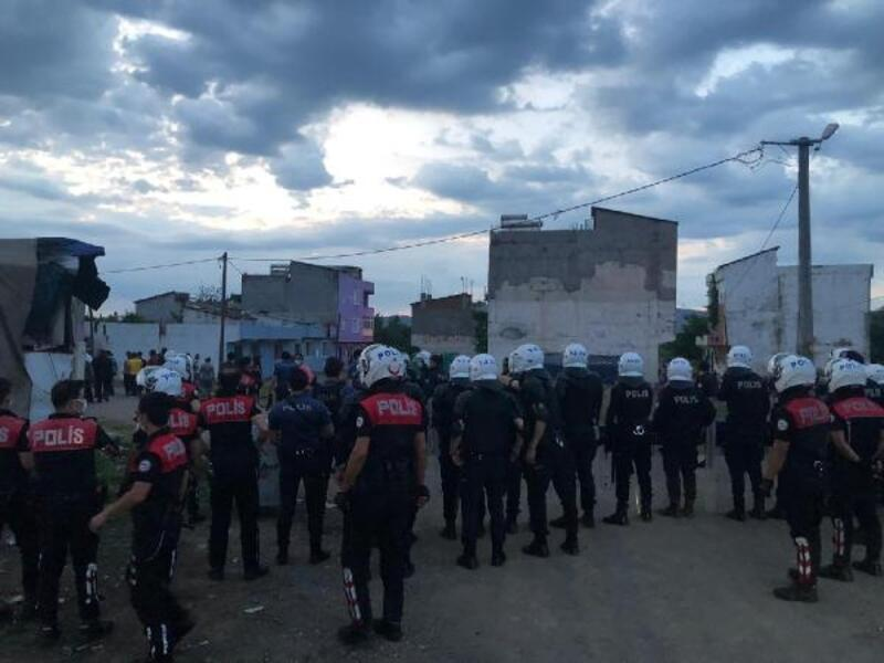 Bursa'da silahlı çatışma; 1 polis memuru şehit oldu 4 kişi yaralandı